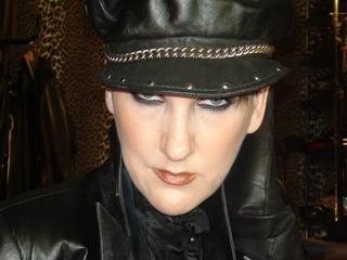 MistressVivian's headshot